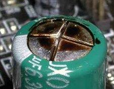 電解コンデンサ2